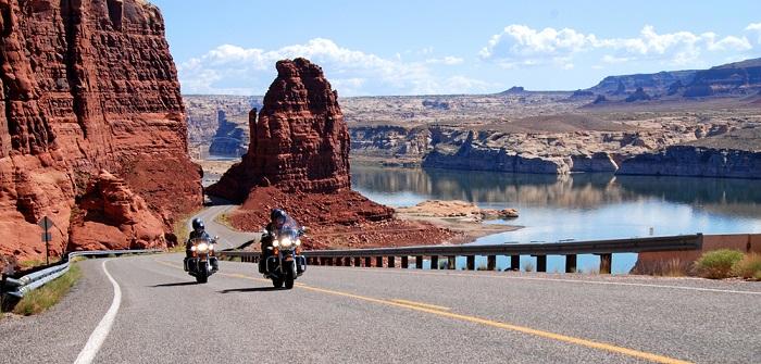 Jahr oder Route 66: E-Mail nicht möglich ( Foto: Shutterstock- Michael Kaercher)