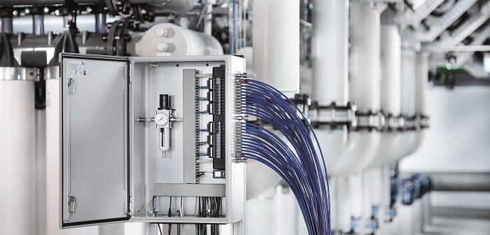 Typ 8652: Ventilinsel mit kompakten Abmessungen (Foto: Bürkert Fluid Control Systems)