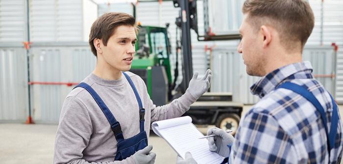 CMR-Frachtbrief: Warum Sie Pflichtangaben und Geltungsbereich kennen sollten! ( Foto: Shutterstock-Pressmaster)