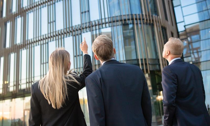 Die Finanzierung einer Gewerbeimmobilie unterliegt deutlich größeren Risiken, als sie bei einer Wohnimmobilie der Fall sind. ( Foto: Shutterstock- Mangostar )