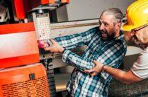 Arbeitssicherheit: Arbeitnehmer müssen im Unternehmen gut geschützt sein ( Foto: Shutterstock-Zivica Kerkez)