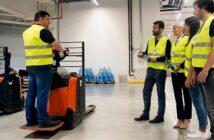 Weiterbildung für Beschäftigte: Beruflicher Aufstieg dank finanzieller Förderung ( Foto: Shutterstock-_Stock Rocket )